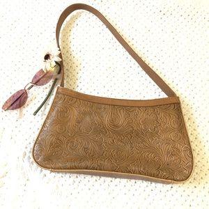 Handbags - Sling shoulder purse carved faux leather camel 90s